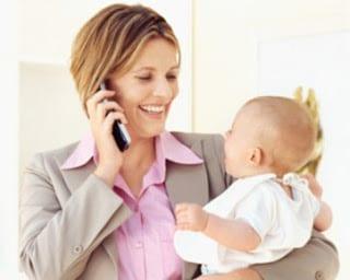 Perhatian Perempuan Karir Bagi Perkembangan Anak