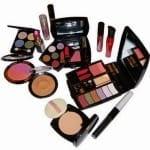 Tips Memilih Peralatan Kosmetik Yang Tepat