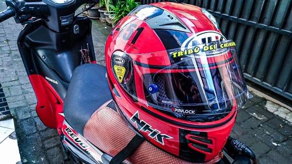 Alasan Mengganti Helm Motor