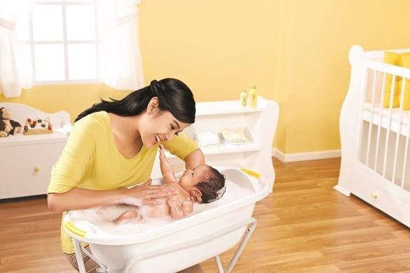 Zwitsal Baby Bath