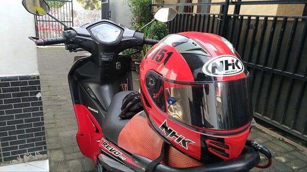 Warna Kaca Helm Iridium